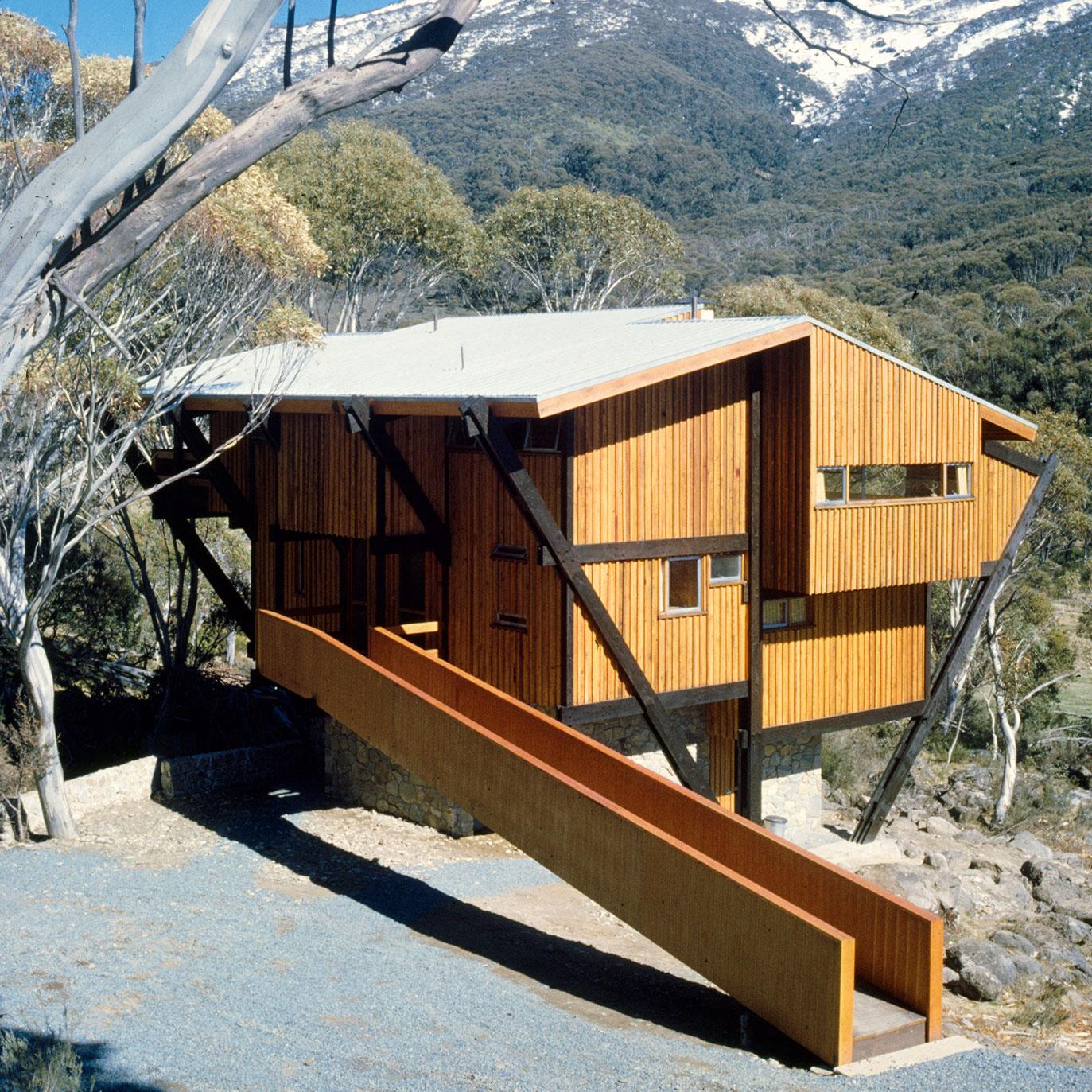 Thredbo Ski Lodge, Harry Seidler, Thredbo, New South Wales (AU), 1962. From the Atlas of Mid-Century Modern Houses - Photo Max Dupain © Penelope Seidler