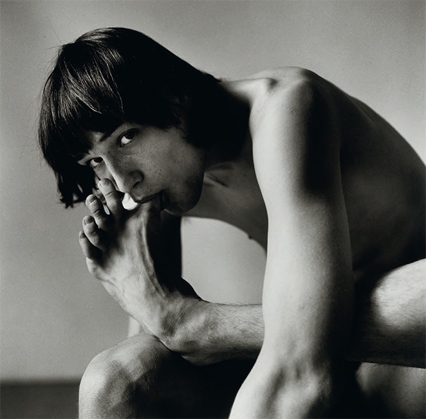 Daniel Schook Sucking Toe (Close-up) (1981) by Peter Hujar. As reproduced in Body of Art